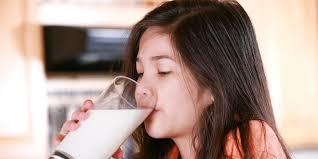 Manfaat Minum susu di Saat berpuasa
