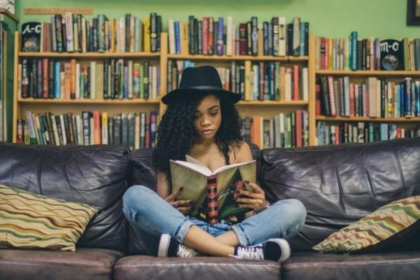 Perbanyak Baca Hal Bermanfaat