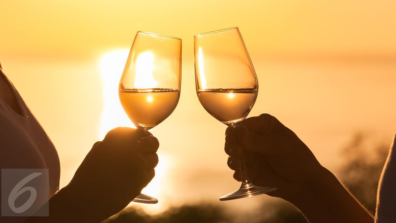 Konsumsi Wine Terlalu Berlebihan Bisa Menyebabkan Kanker